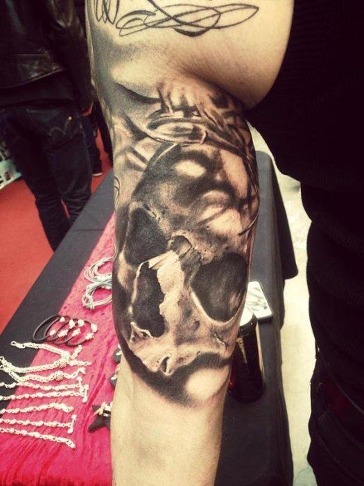 tatouage 06700