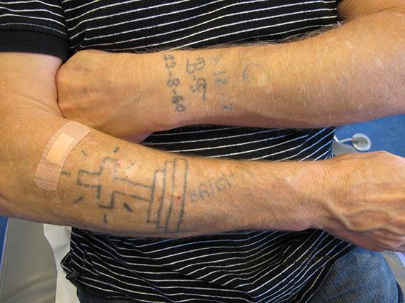 tatouage a l'encre de chine