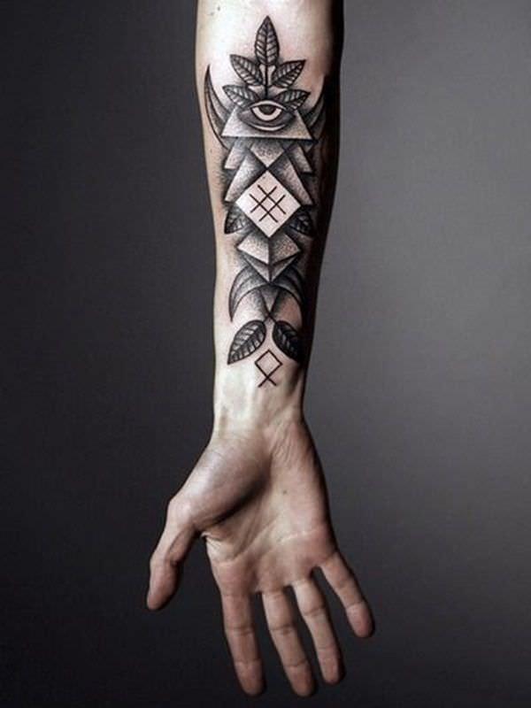 tatouage avant bras homme
