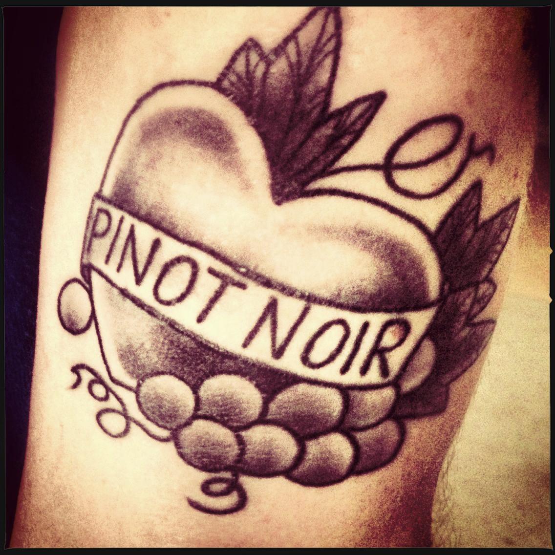 tatouage j'aime le raisin de table