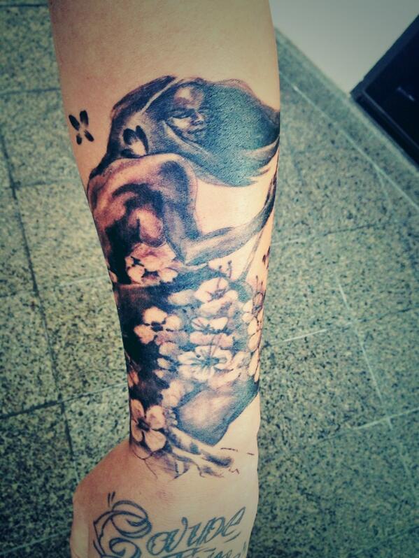 tatouage keen'v