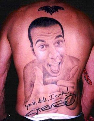 tatouage o dos