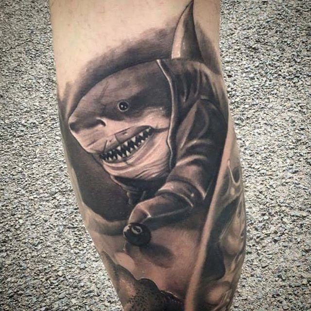 tatouage requin