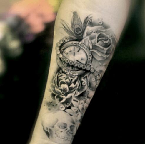 tatouage rose avant bras