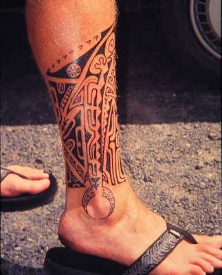 tatouage tribal a la cheville