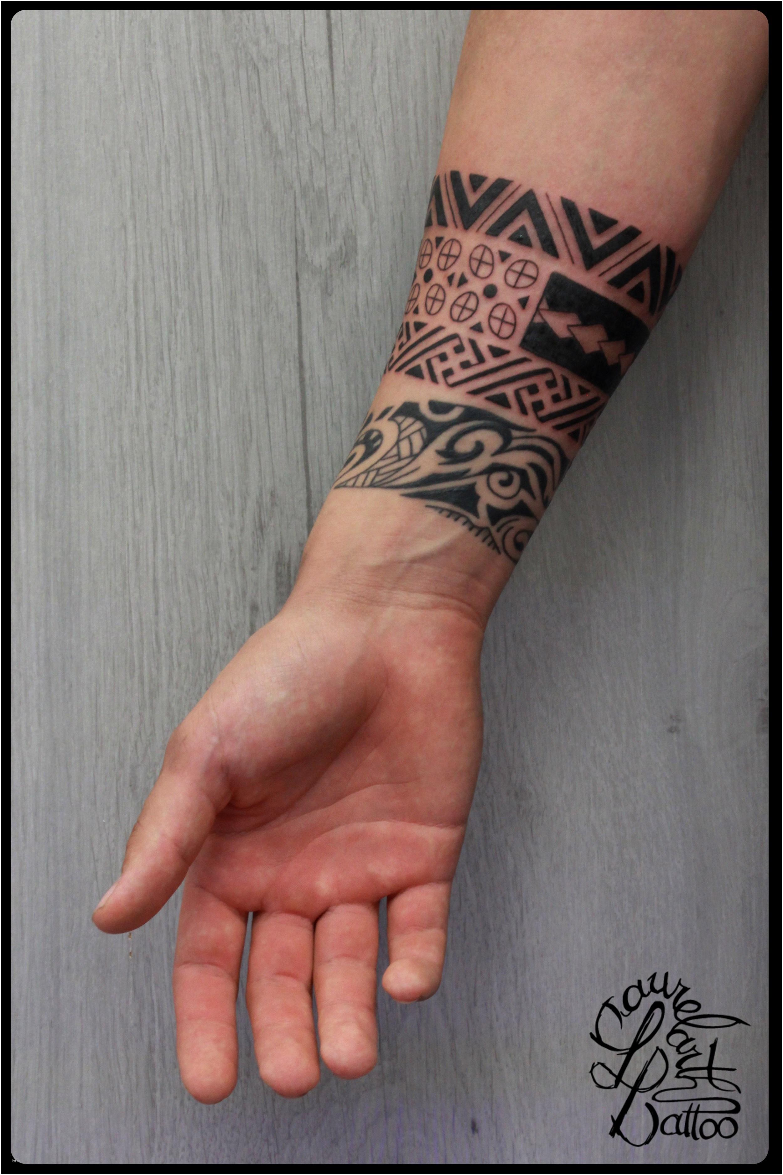 tatouage tribal avant bras femme