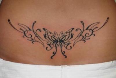 tatouage tribal bas du dos femme