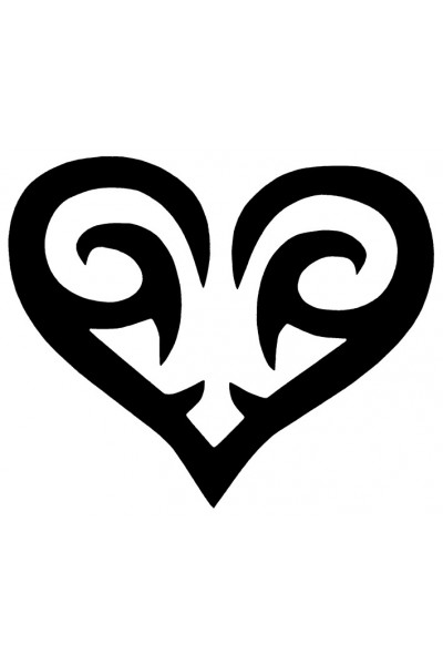 tatouage tribal coeur