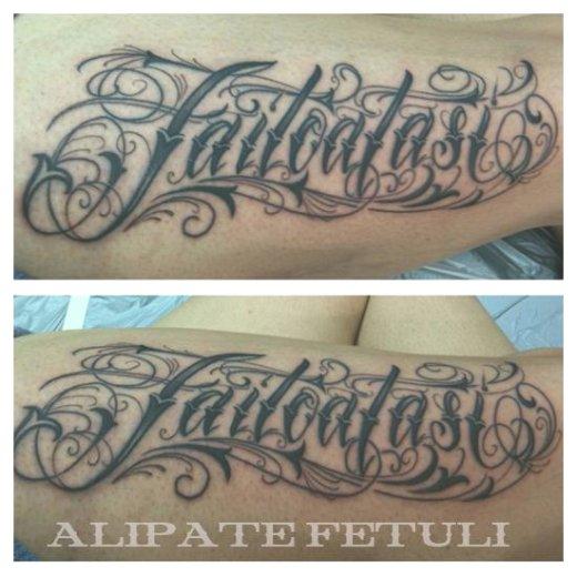 tatouage tribal ecriture
