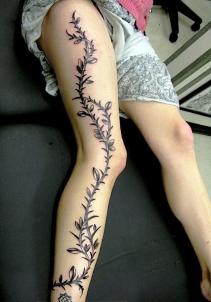 tatouage tribal femme jambe