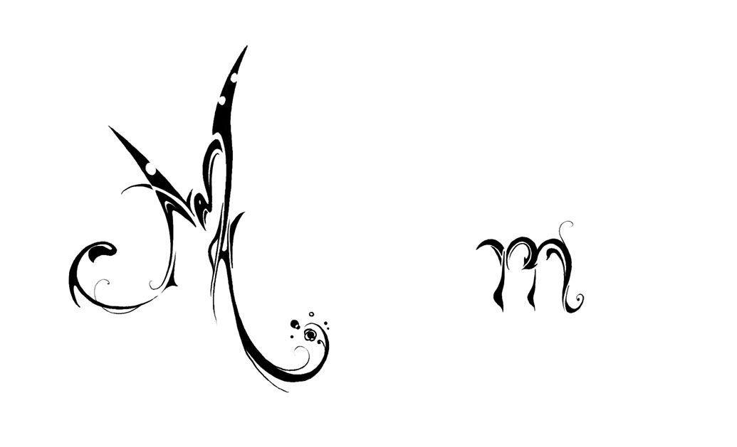 tatouage tribal lettre