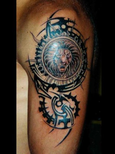 Tatouage Tribal Lion Homme