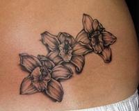 tatouage tribal orchidee