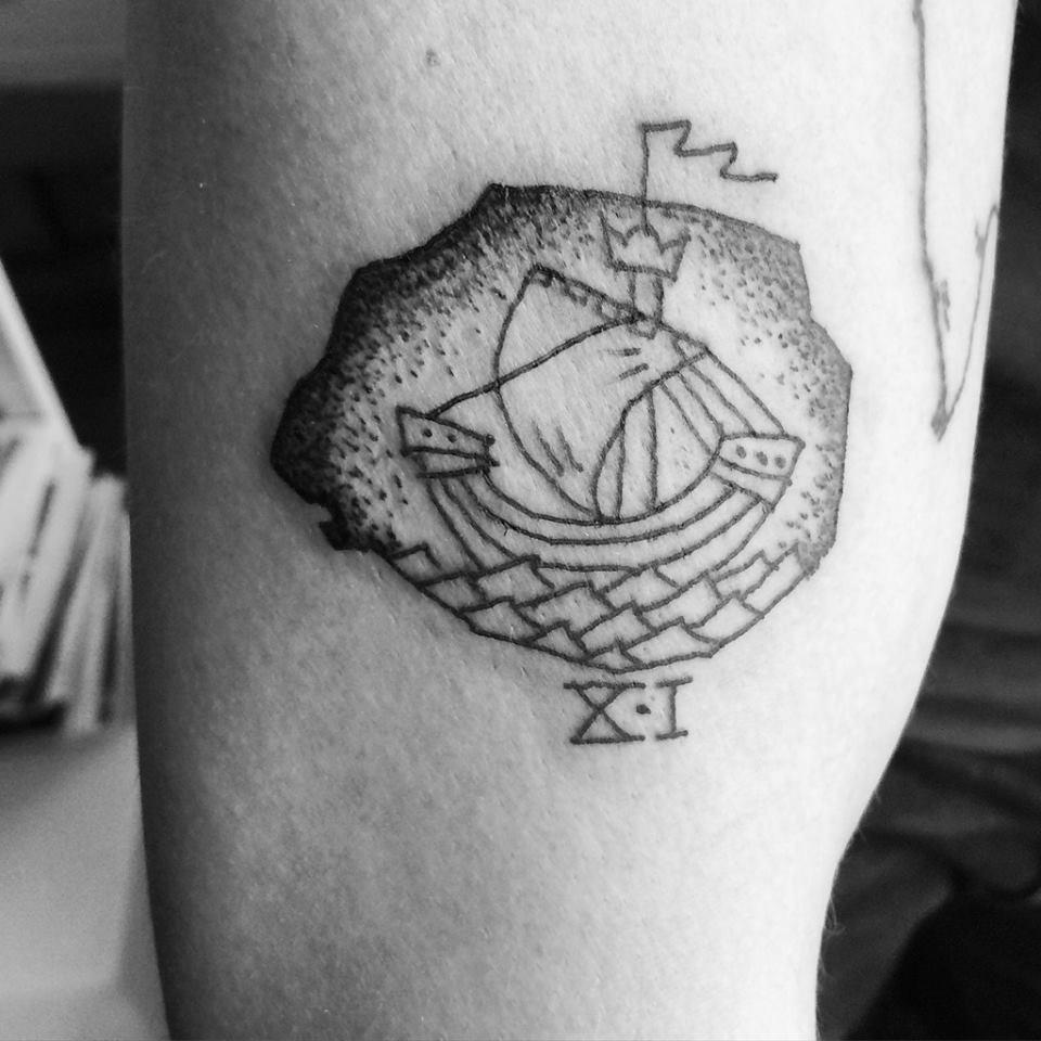 tatouage venant d'etre fait