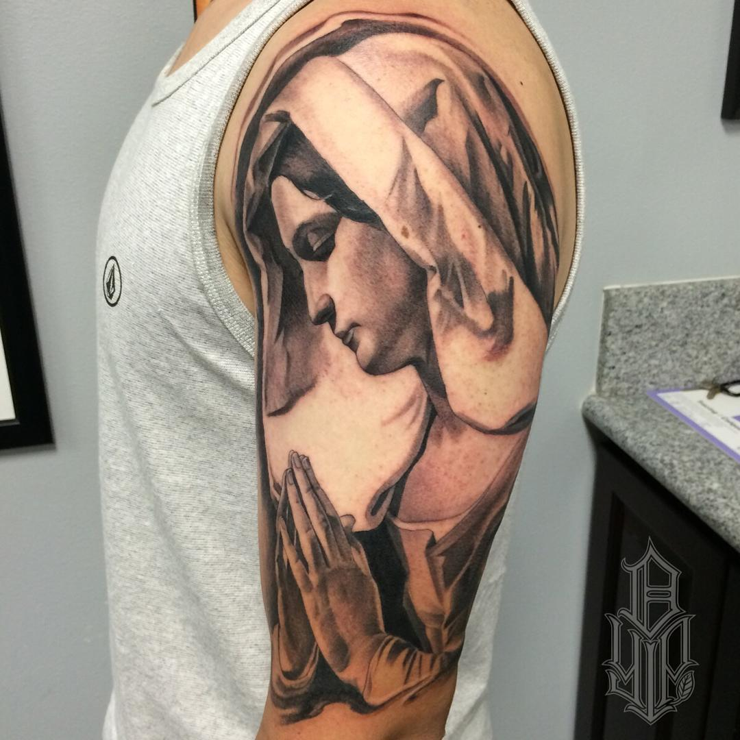 Tatouage Vierge Marie