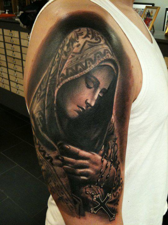 Tatouage Vierge