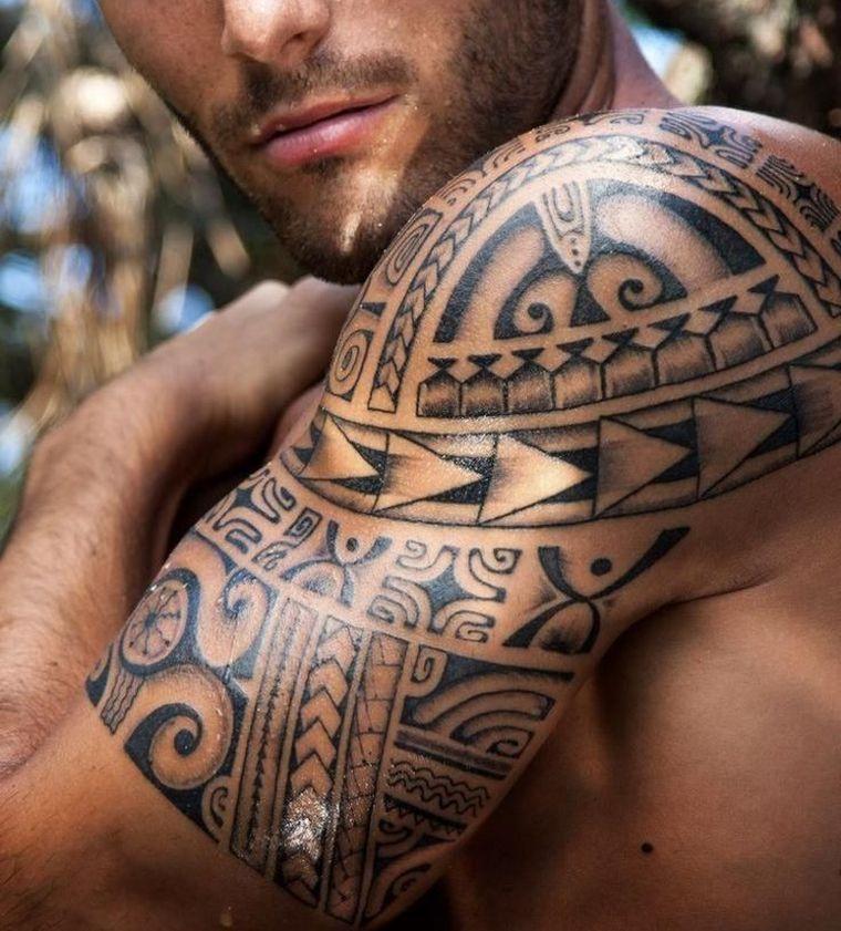 tatouage maori bras