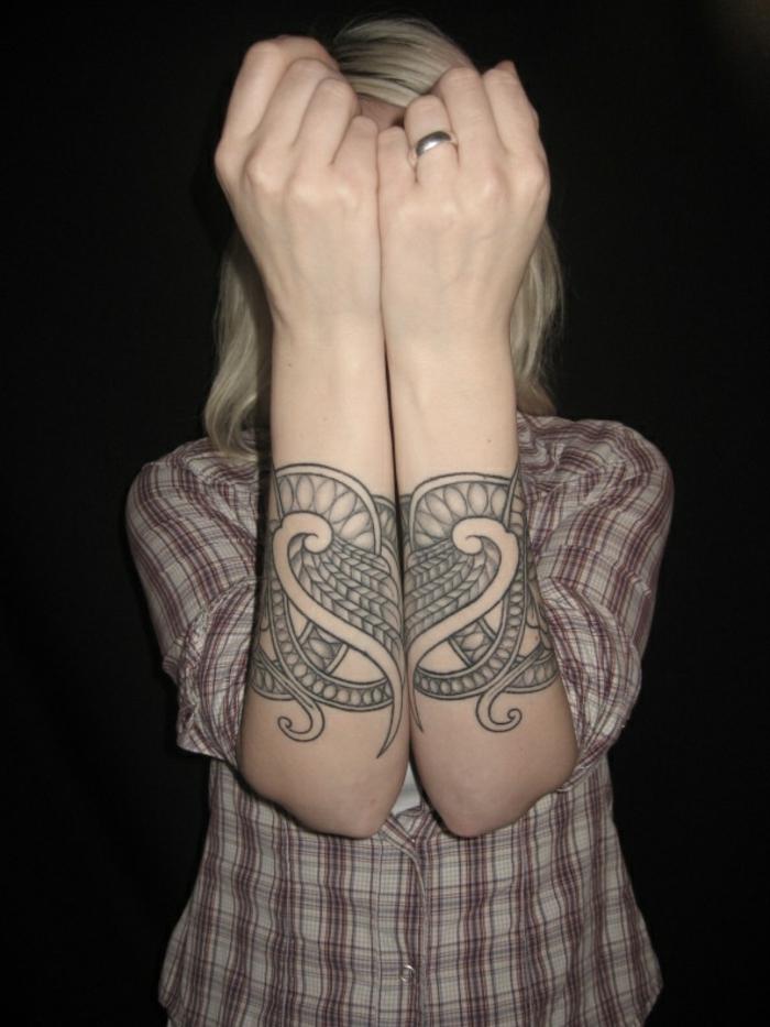 tatouage viking femme
